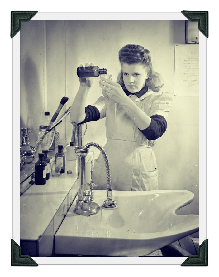 Wartime Hair Dresser REV