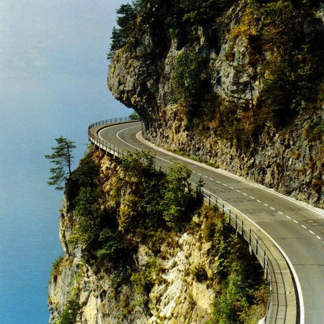 3 cliff road