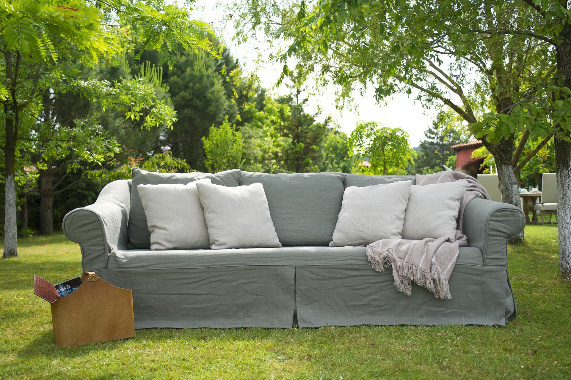 furniture-2439944_1920