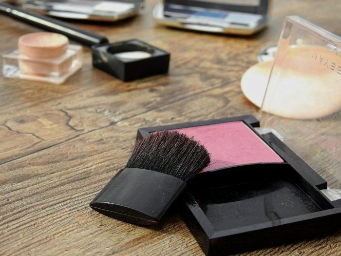 cosmetics-2116381_1920